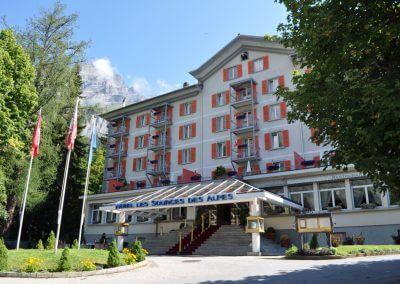 Entree van Hotel Les sources des alpes leukerbad